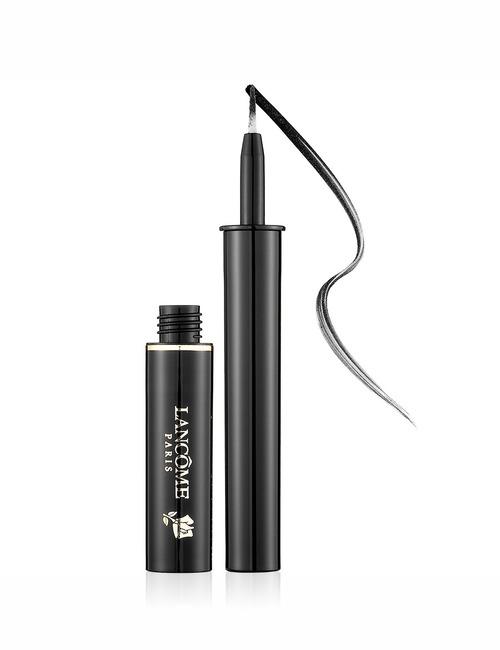 Closeup   artliner black