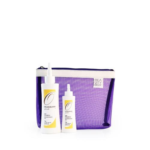 Closeup   dry shampoo powder